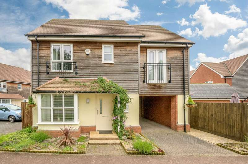 3 Bedrooms Detached House for sale in Middleton