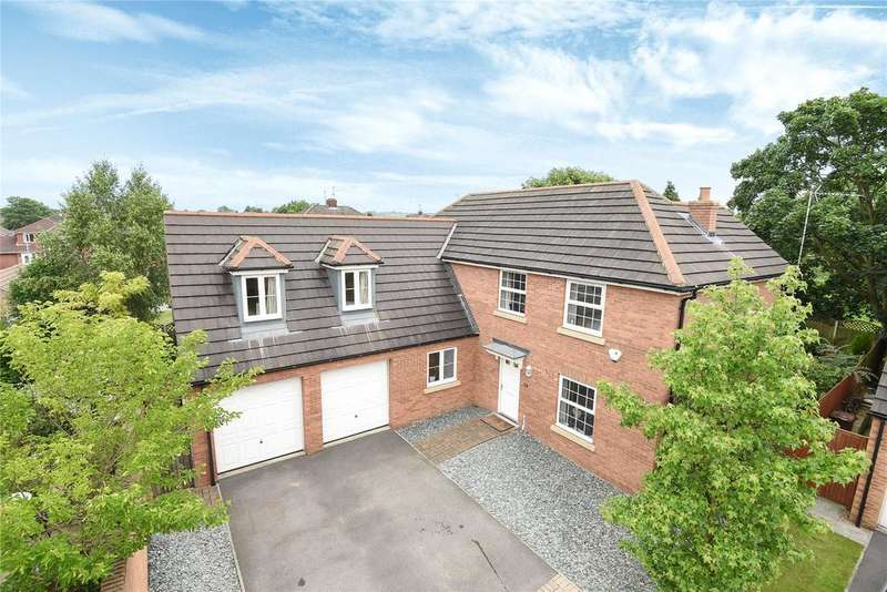 5 Bedrooms Detached House for sale in Pavillion Gardens, North Hykeham, LN6
