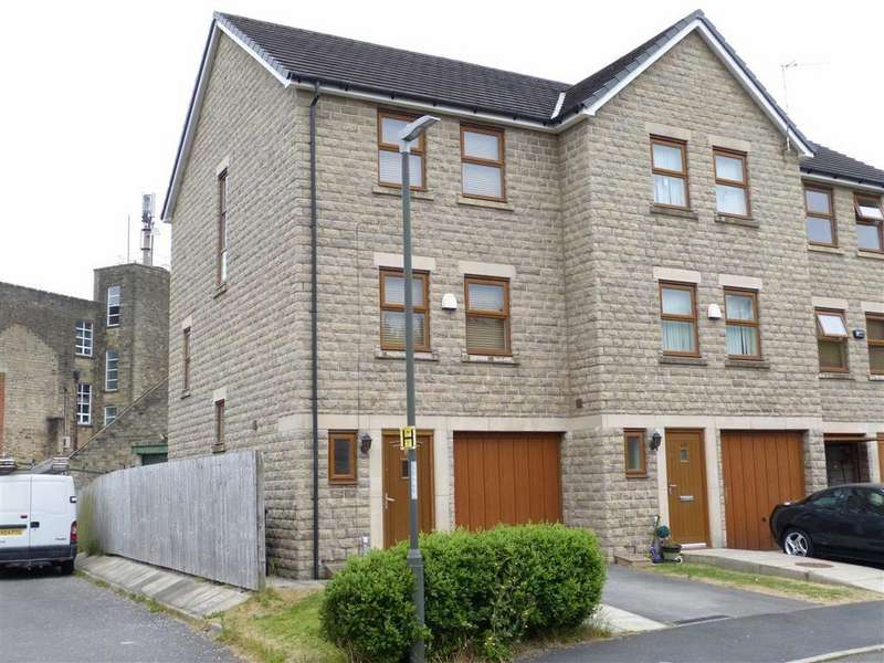 3 Bedrooms Town House for sale in Rhodes Top, Padfield, Glossop