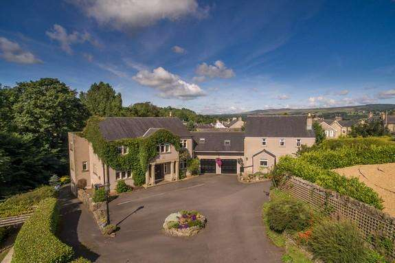 5 Bedrooms Detached House for sale in Off Downham Road, Chatburn, Clitheroe BB7