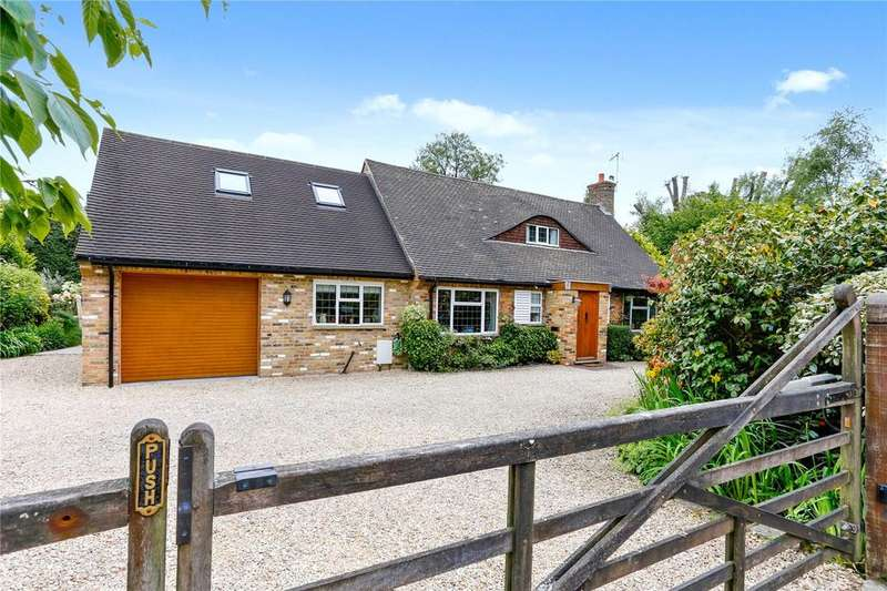 4 Bedrooms Detached House for sale in Beacon Hill, Penn, Buckinghamshire, HP10