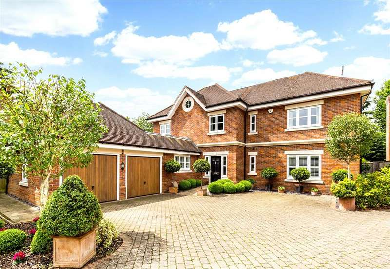 5 Bedrooms Detached House for sale in Foxley Grove, Green Lane, Burnham, SL1