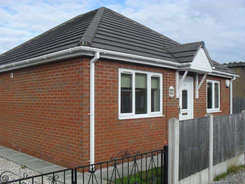 2 Bedrooms Detached Bungalow for sale in Jenard Court, Holywell