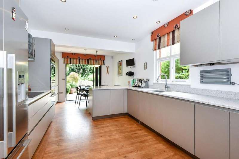 3 Bedrooms Terraced House for sale in Tivoli Road, Crouch End