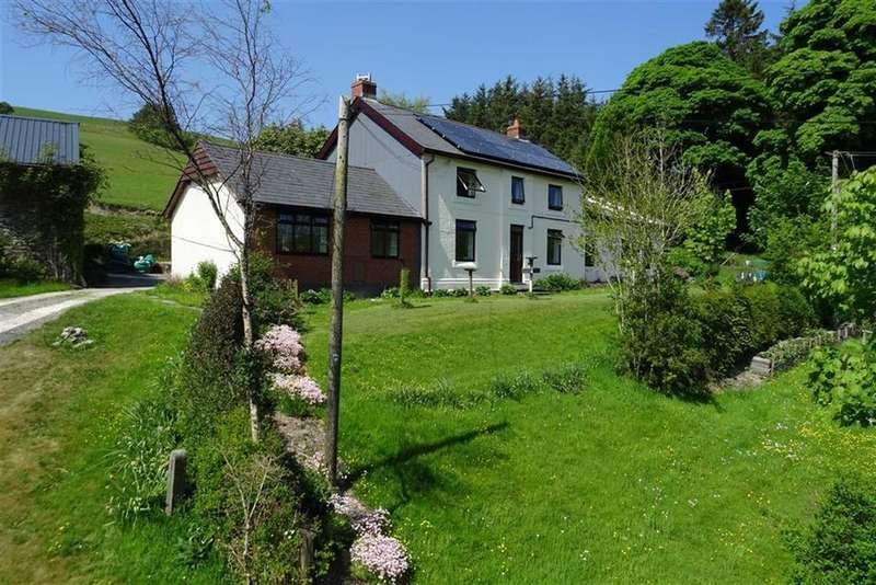 4 Bedrooms Cottage House for sale in Henfaes Uchaf, Llangurig, Powys, SY18