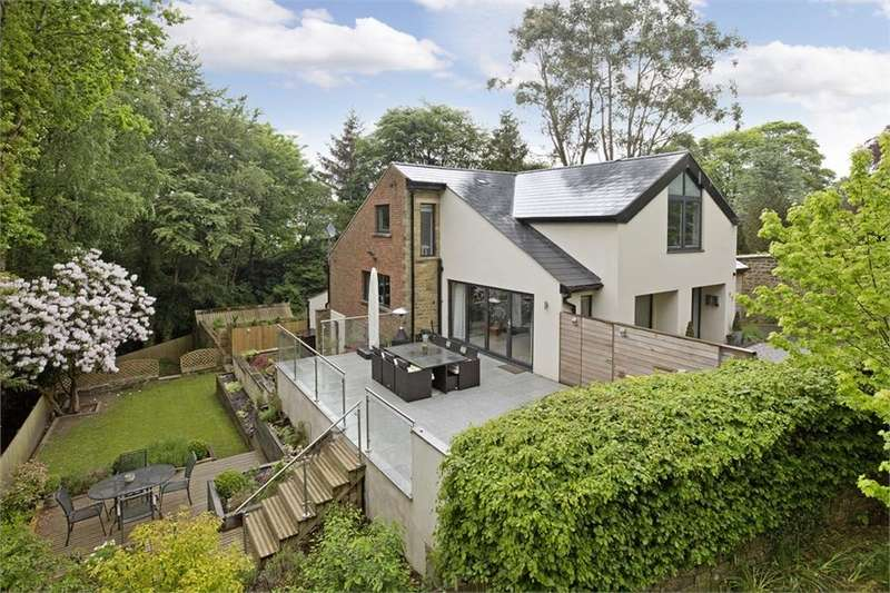 4 Bedrooms Detached House for sale in 'Buchan Gate' 17 Ben Rhydding Road, ILKLEY, West Yorkshire
