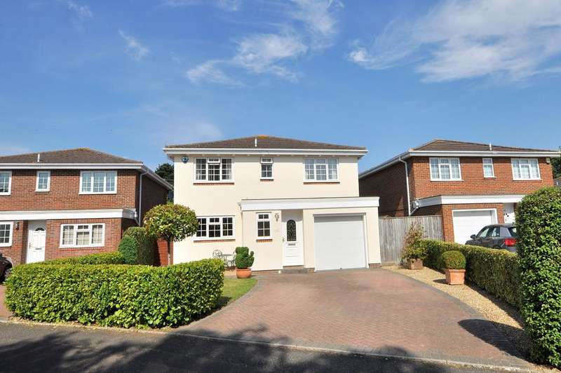 4 Bedrooms Detached House for sale in Wishart Gardens, Bournemouth