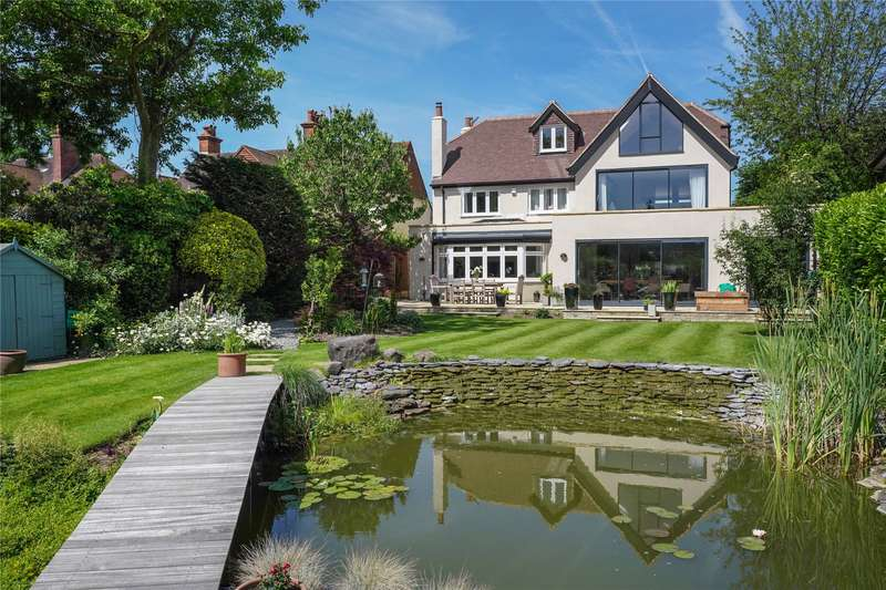 5 Bedrooms Detached House for sale in Arbrook Lane, Esher, Surrey, KT10
