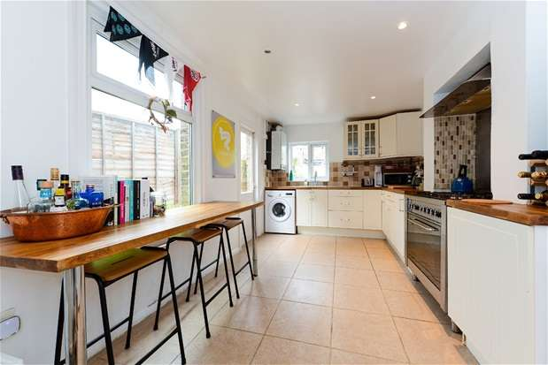 3 Bedrooms Terraced House for sale in Canterbury Grove, West Norwood