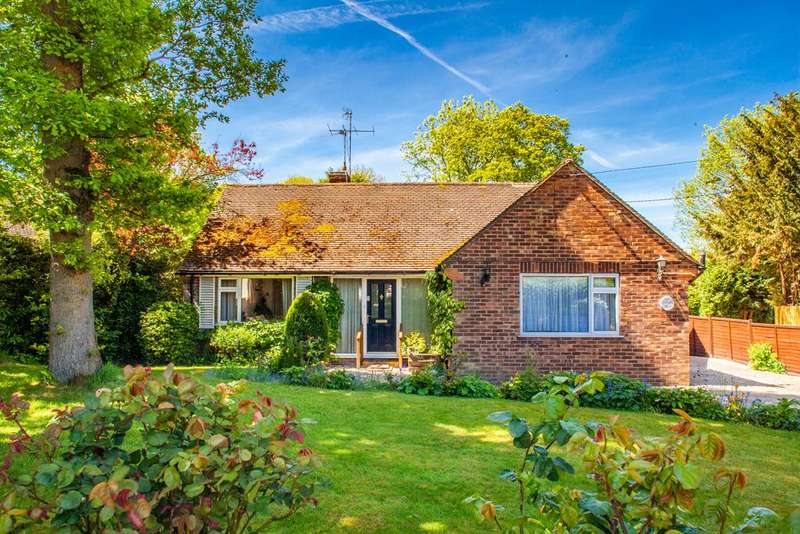 4 Bedrooms Detached House for sale in Gleneagles, Woodcote, RG8