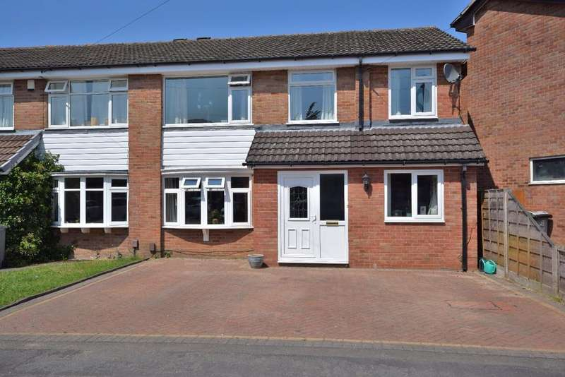 4 Bedrooms Semi Detached House for sale in Curzon Road, Poynton