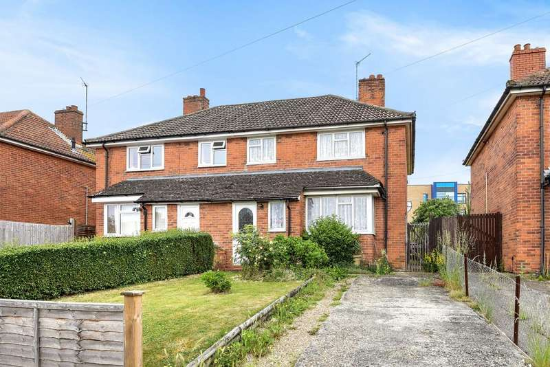 3 Bedrooms Semi Detached House for sale in Northumberland Avenue, Reading, RG2