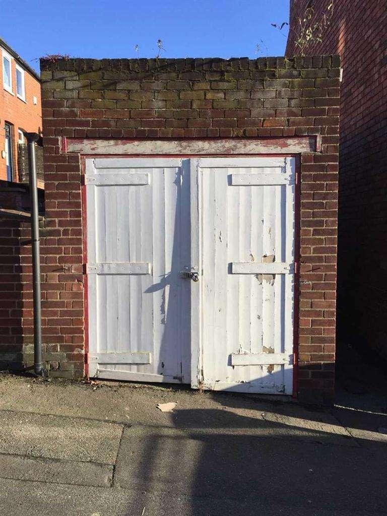 Garages Garage / Parking for sale in Monks Road, Lincoln