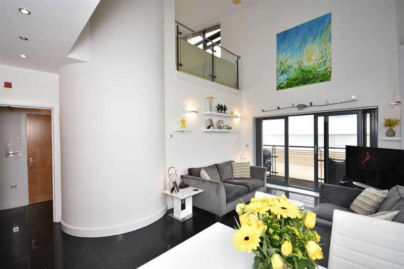 4 Bedrooms Penthouse Flat for sale in St Christopher's Court, Maritime Quarter, Swansea