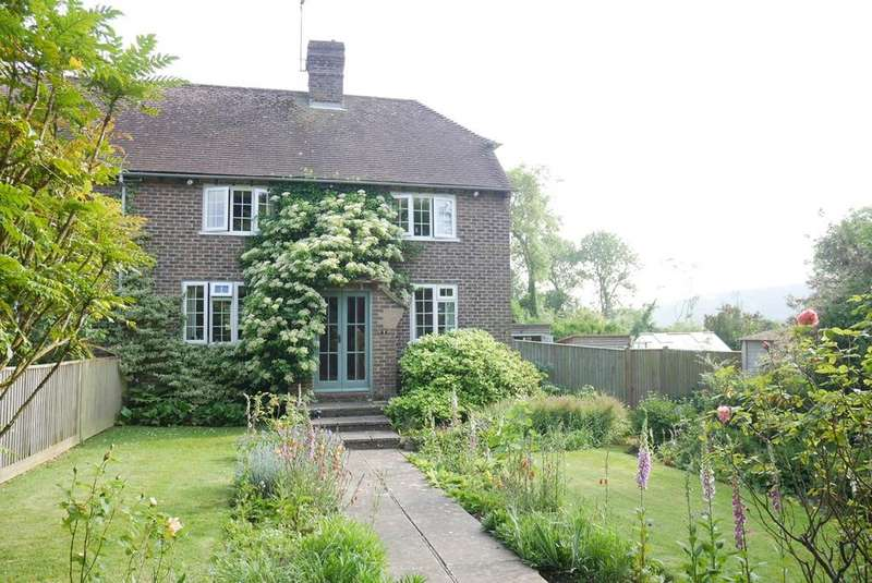 3 Bedrooms Semi Detached House for sale in The Street, Litlington, BN26