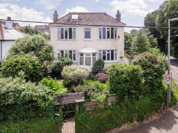 4 Bedrooms Detached House for sale in Long Park Road, Saltash, Cornwall