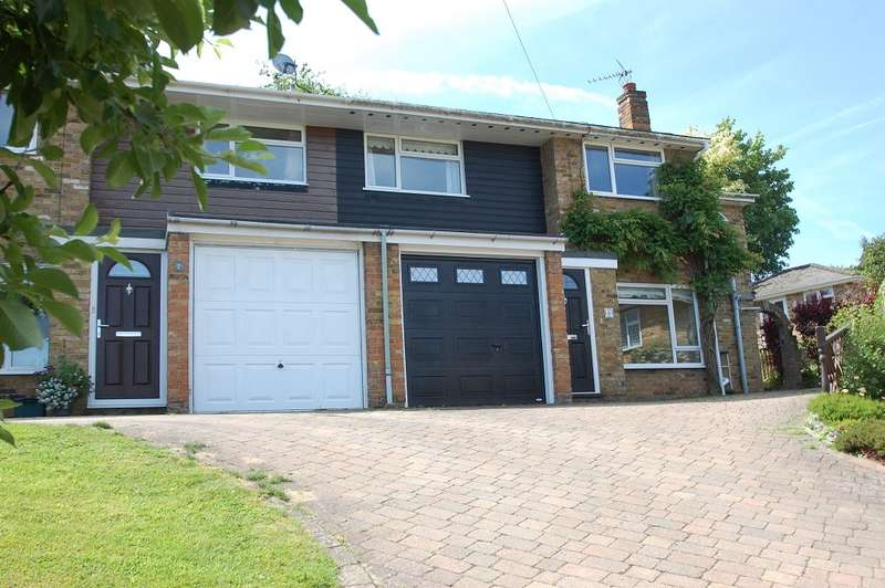 4 Bedrooms End Of Terrace House for sale in Hillside Close, Chalfont St Giles, HP8
