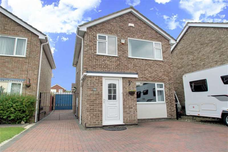 3 Bedrooms Detached House for sale in Syston Grove, Lincoln