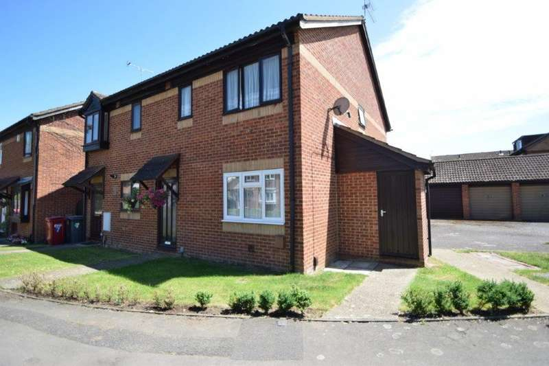 1 Bedroom Maisonette Flat for sale in Gladstone Way, Cippenham, SL1