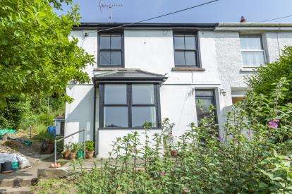 2 Bedrooms Semi Detached House for sale in Perranporth, Cornwall