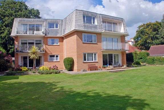 2 Bedrooms Flat for sale in Seafield Road, Sidmouth