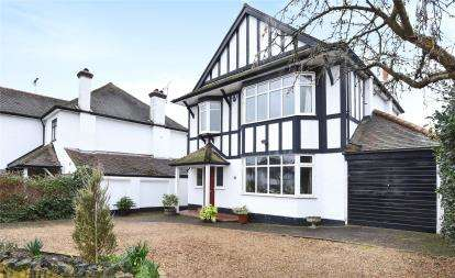 4 Bedrooms Detached House for sale in The Drive, Orpington