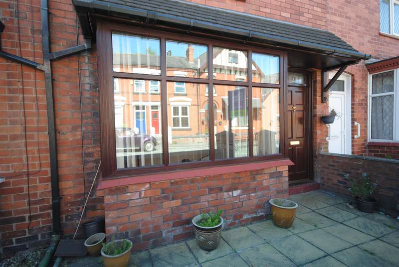 3 Bedrooms Terraced House for sale in Warnford Street, Wigan