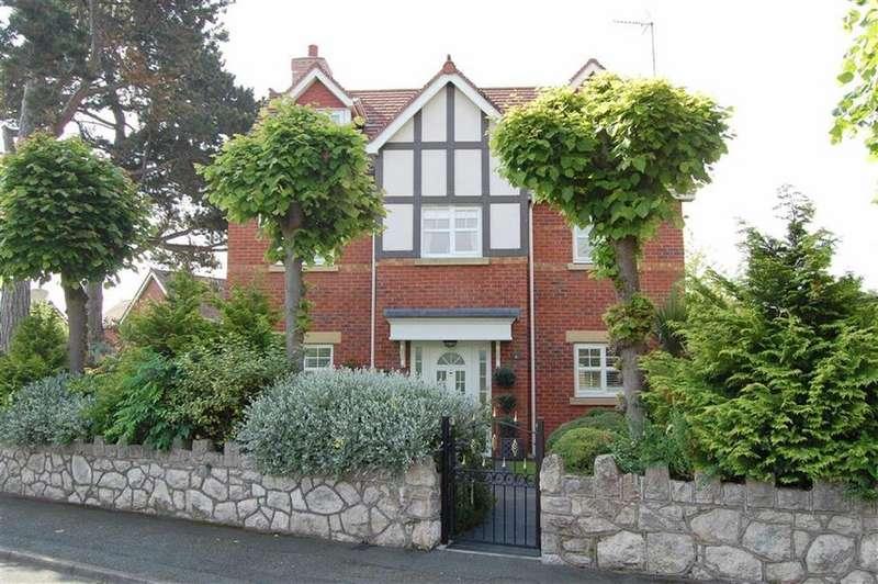 4 Bedrooms Detached House for sale in Llannerch Road East, Rhos On Sea, Colwyn Bay