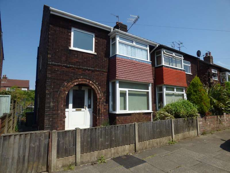 3 Bedrooms Semi Detached House for sale in Maxwell Avenue, Great Moor, Stockport, SK2