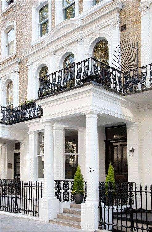 1 Bedroom Flat for sale in Beaufort Gardens, London, SW3