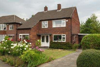 4 Bedrooms Detached House for sale in Blackcarr Road, Manchester, Greater Manchester, .