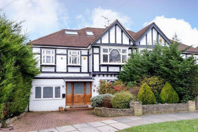 5 Bedrooms House for sale in Hampstead Garden Suburb, London N2, N2