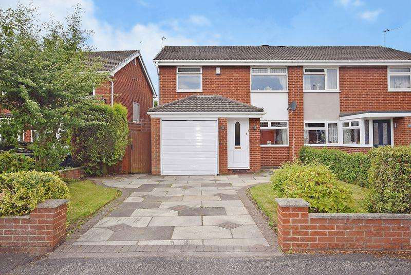 3 Bedrooms Semi Detached House for sale in Wellfield, Farnworth