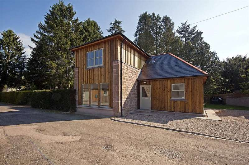 3 Bedrooms Detached House for sale in The Station House, Edzell, Brechin, Angus