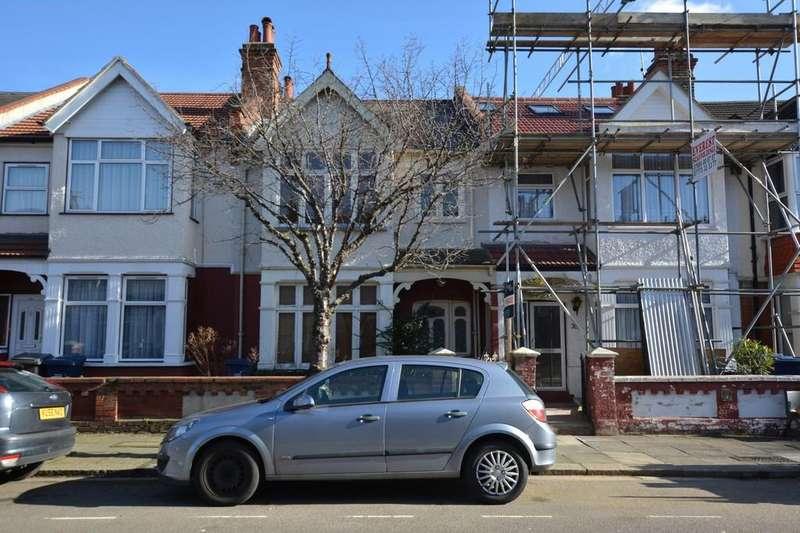 3 Bedrooms Terraced House for sale in Bertram Road, London, NW4
