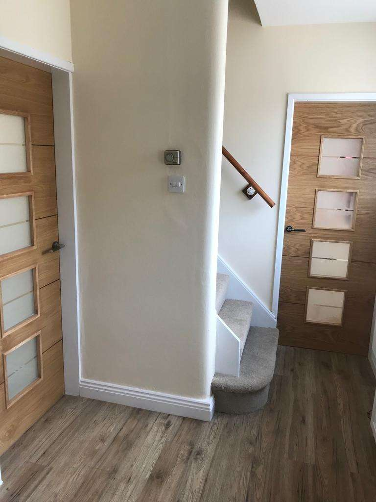 3 Bedrooms Terraced House for sale in Walton Avenue, Penwortham PR1