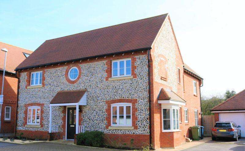 4 Bedrooms Detached House for sale in Energy Efficient 4 Beds, 3 Baths with South Facing Garden