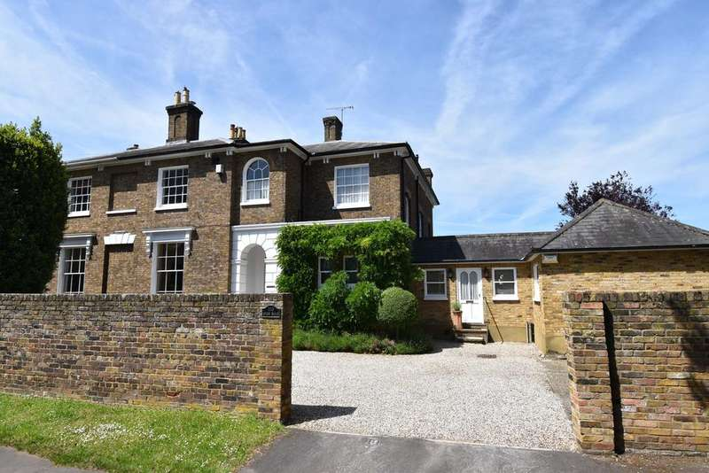 8 Bedrooms House for sale in High Road, Broxbourne EN10