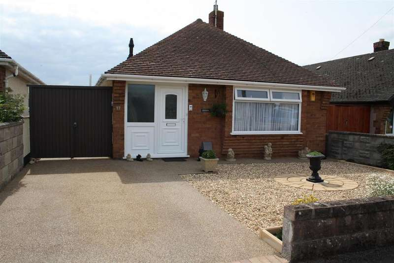 2 Bedrooms Detached Bungalow for sale in Woodside Gardens, Rhyl