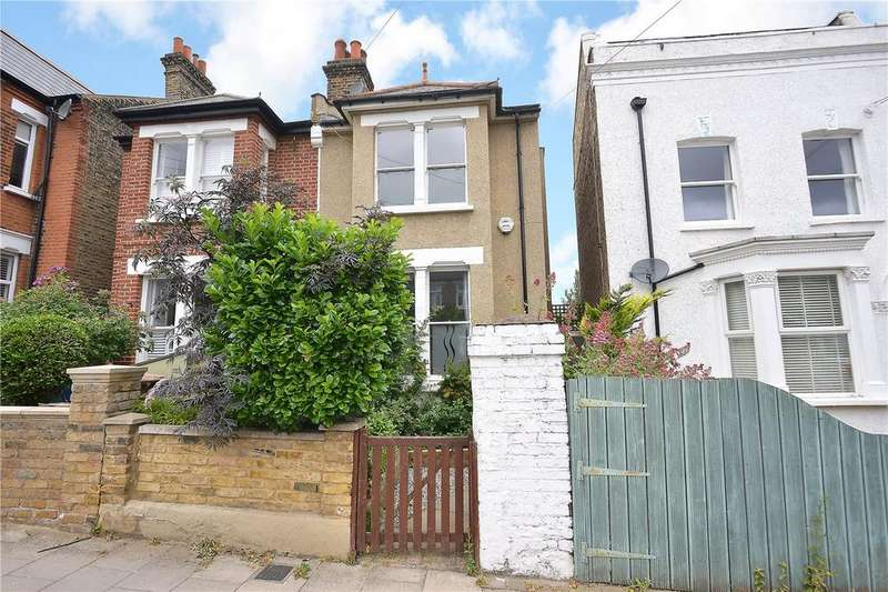 3 Bedrooms Semi Detached House for sale in Dunstans Road, East Duwlich, London, SE22
