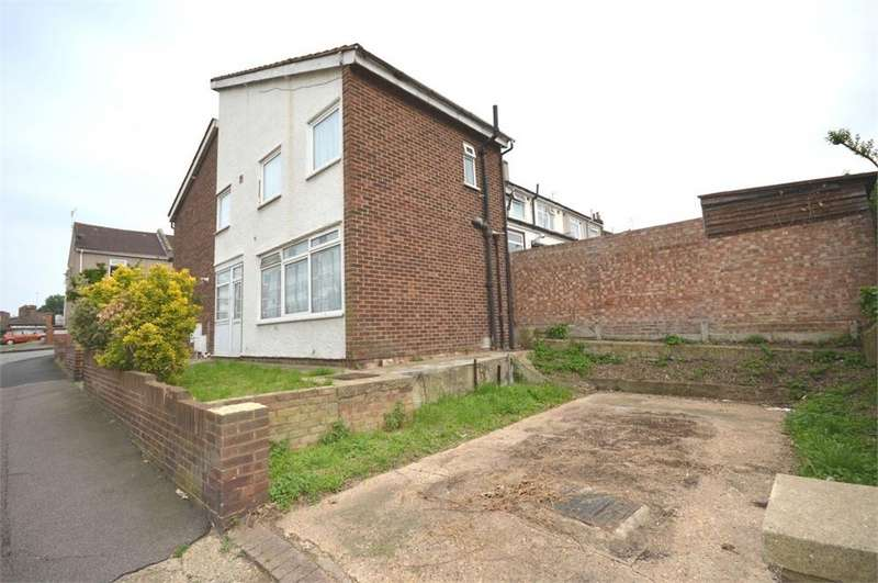 2 Bedrooms Flat for sale in Lyndon Road, Belvedere