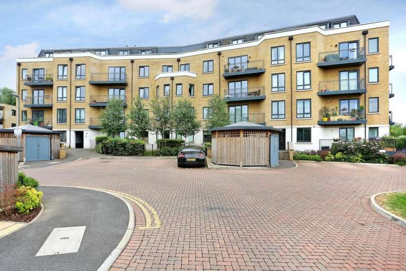 2 Bedrooms Apartment Flat for sale in Dock Meadow Reach, Hanwell, W7
