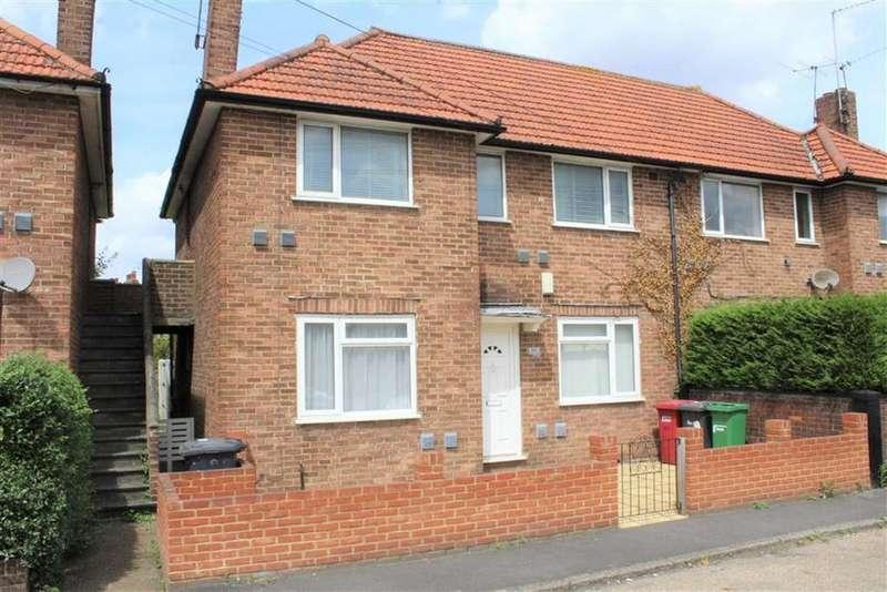2 Bedrooms Maisonette Flat for sale in Windsor Road, Slough, Berkshire