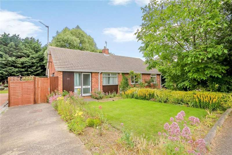 2 Bedrooms Semi Detached Bungalow for sale in Tavistock Road, Cambridge, CB4