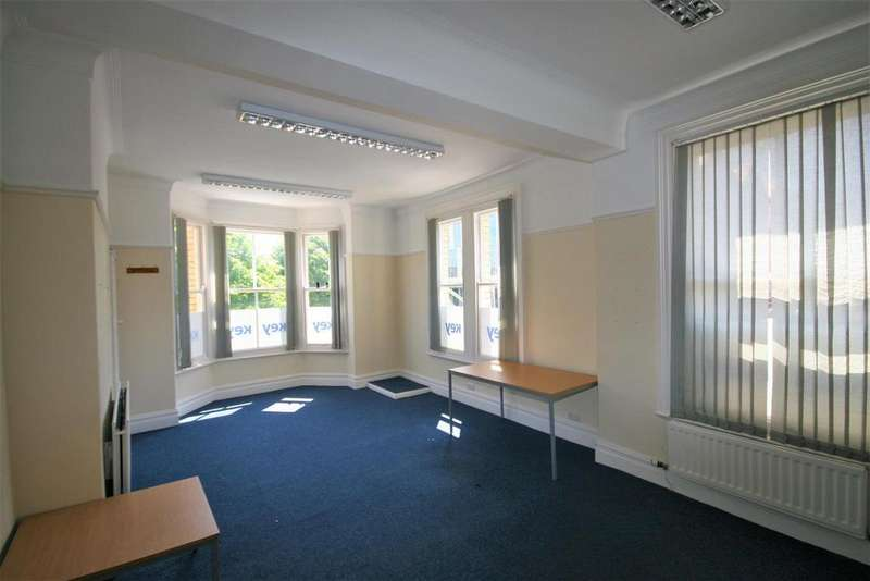 2 Bedrooms House for sale in Conway Road, Colwyn Bay
