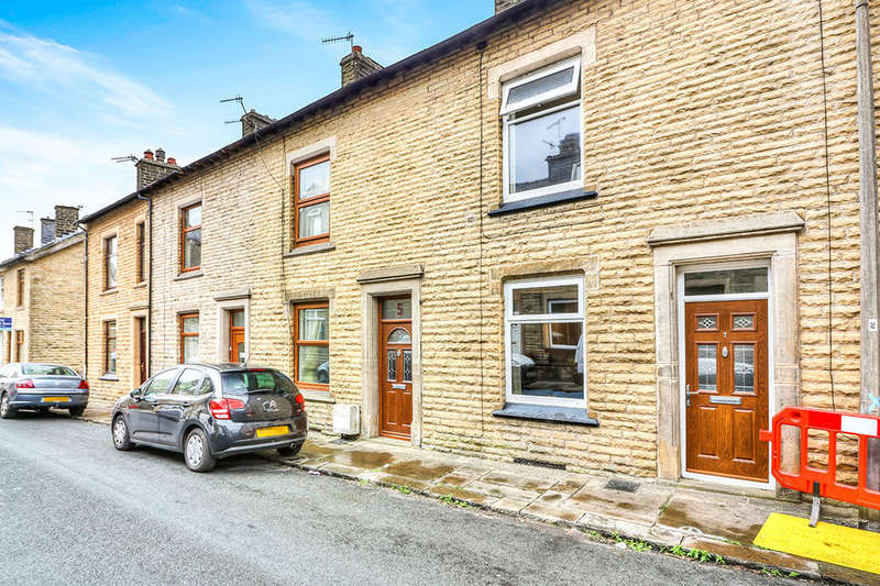 2 Bedrooms Terraced House for sale in Joshua Street, Todmorden, OL14