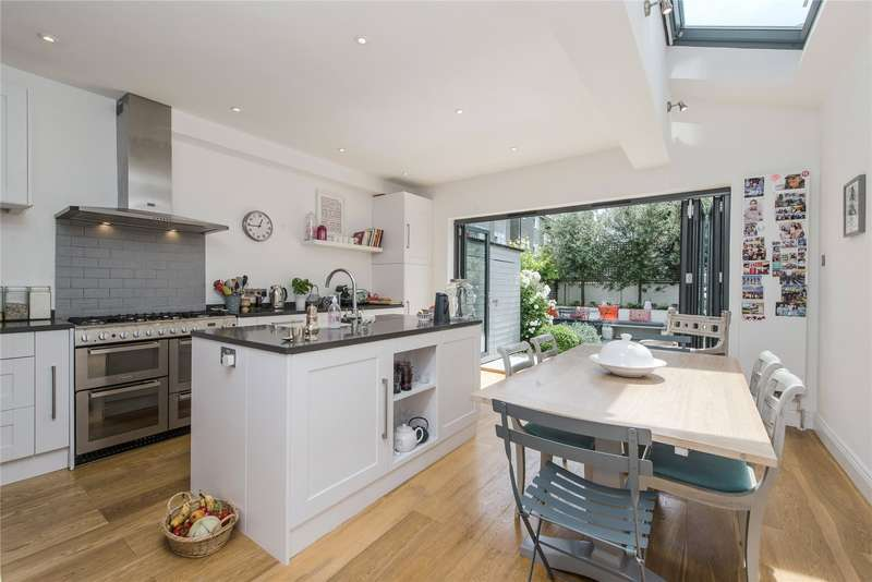 5 Bedrooms Terraced House for sale in Lavenham Road, Southfields, London, SW18