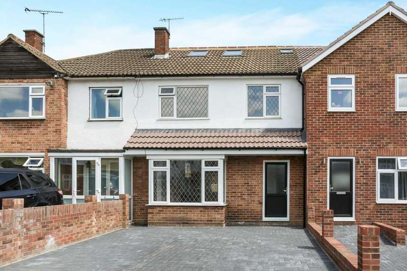 3 Bedrooms House for sale in Heathcote Grove, Chingford