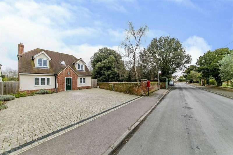 3 Bedrooms Detached House for sale in Belle Vue Road, Wivenhoe, Colchester, Essex