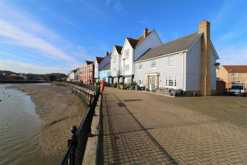 4 Bedrooms Link Detached House for sale in West Quay, Wivenhoe, Essex